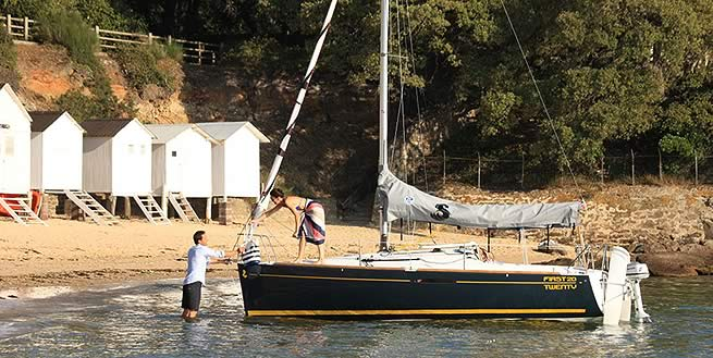 Beneteau First 20 sailer