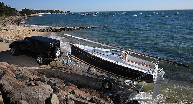 Beneteau First 20 trailer sailer